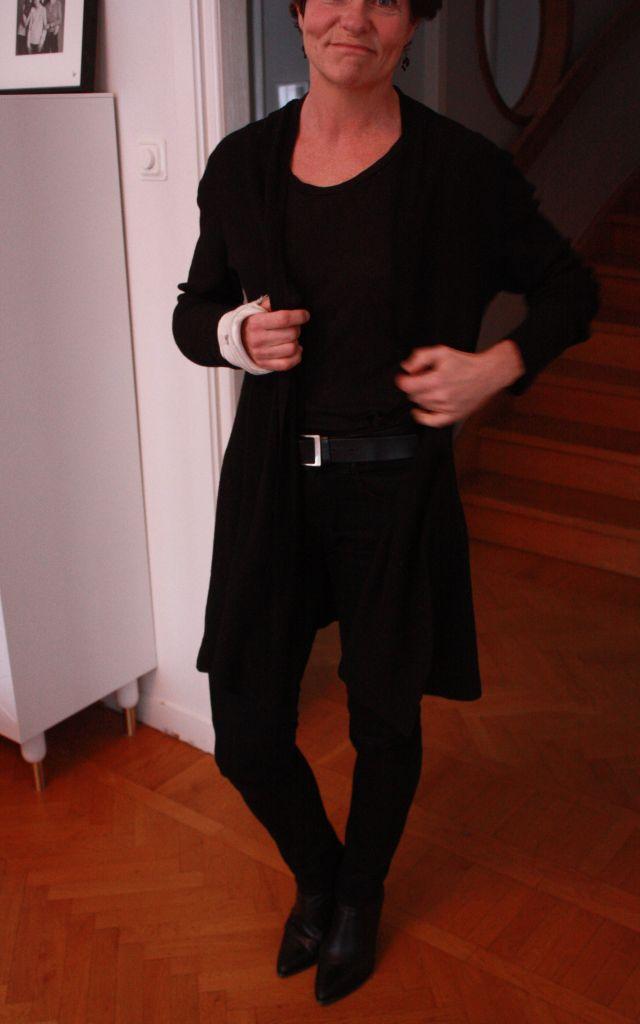All black 2 Jan 13