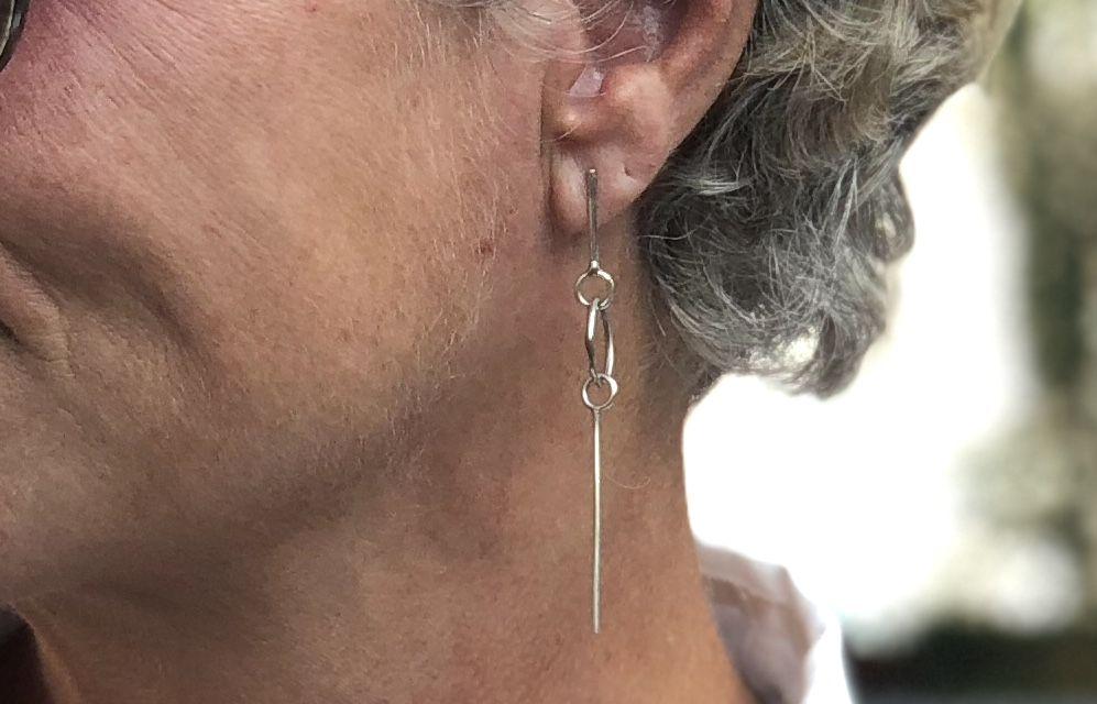 Minimalistic silver earring #whydontyou