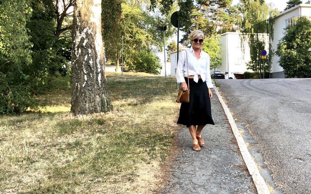 Versatile Black skirt #whydontyou