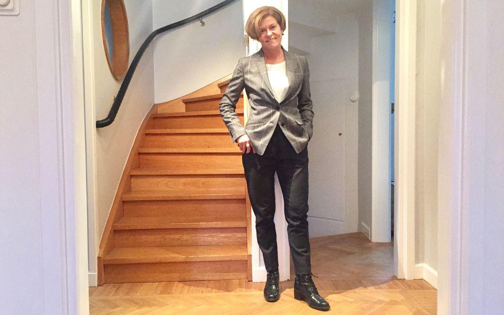 Classic Well-Dressed Plaid Blazer