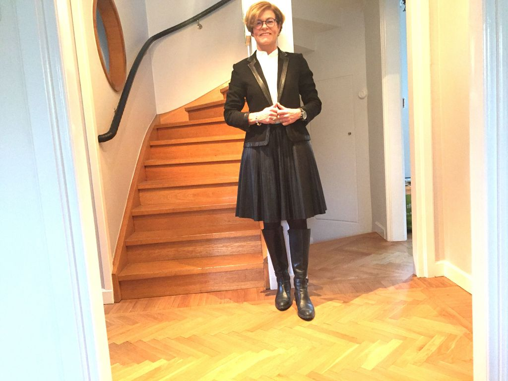 Pleated skirt for the season #whydontyou