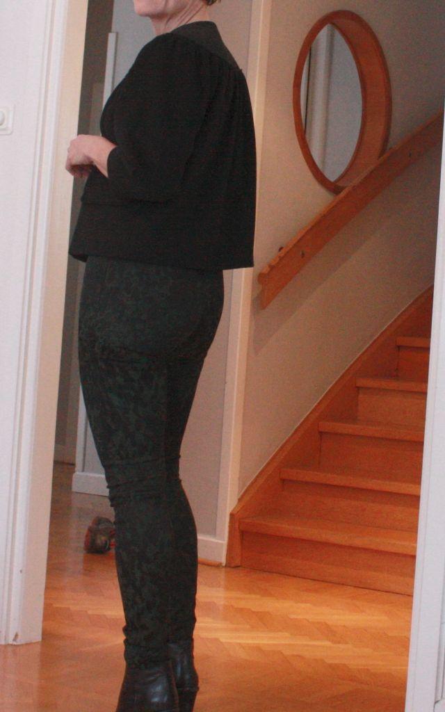 Pants w green pattern
